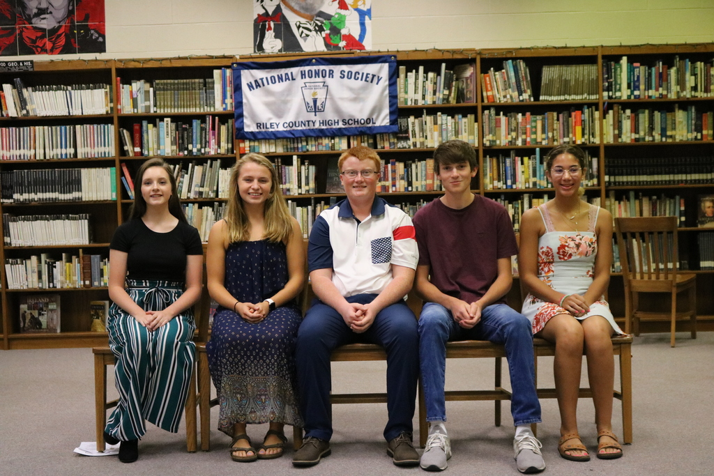 The NHS members also elected their officers for the 2019-20 year. Pictured are (L-R) Student Council Representative – Lily Lagerman, President – Sarah Thomson, Treasurer – Caleb Williams, Vice President – Ian Uphoff and Secretary – Mariah Stewart.
