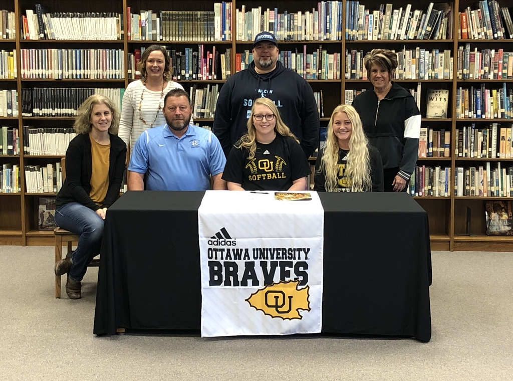 Kylea Ricketts signing with Ottawa University for Softball